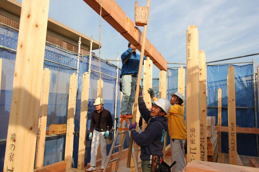 在来工法を進化させたハイブリッド工法で しっかり建てる腕の良い大工さん達 家づくりブログ